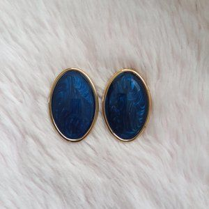 Vintage Lg. Oval Blue & Gold Lightweight Earrings